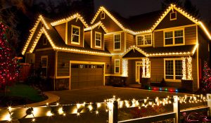 christmas light installation services for toronto, mississauga, etobicoke, scarborough, richmond hill, vaughan, and more.