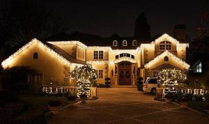 A beautiful home in Mississauga after receiving Mississauga Christmas light installation service